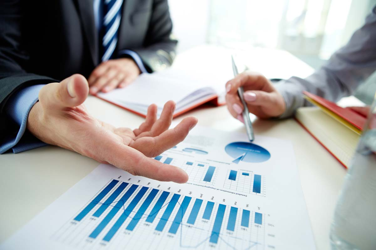 Everything You Need To Know About Financial Advisory Service - Business  Magazine