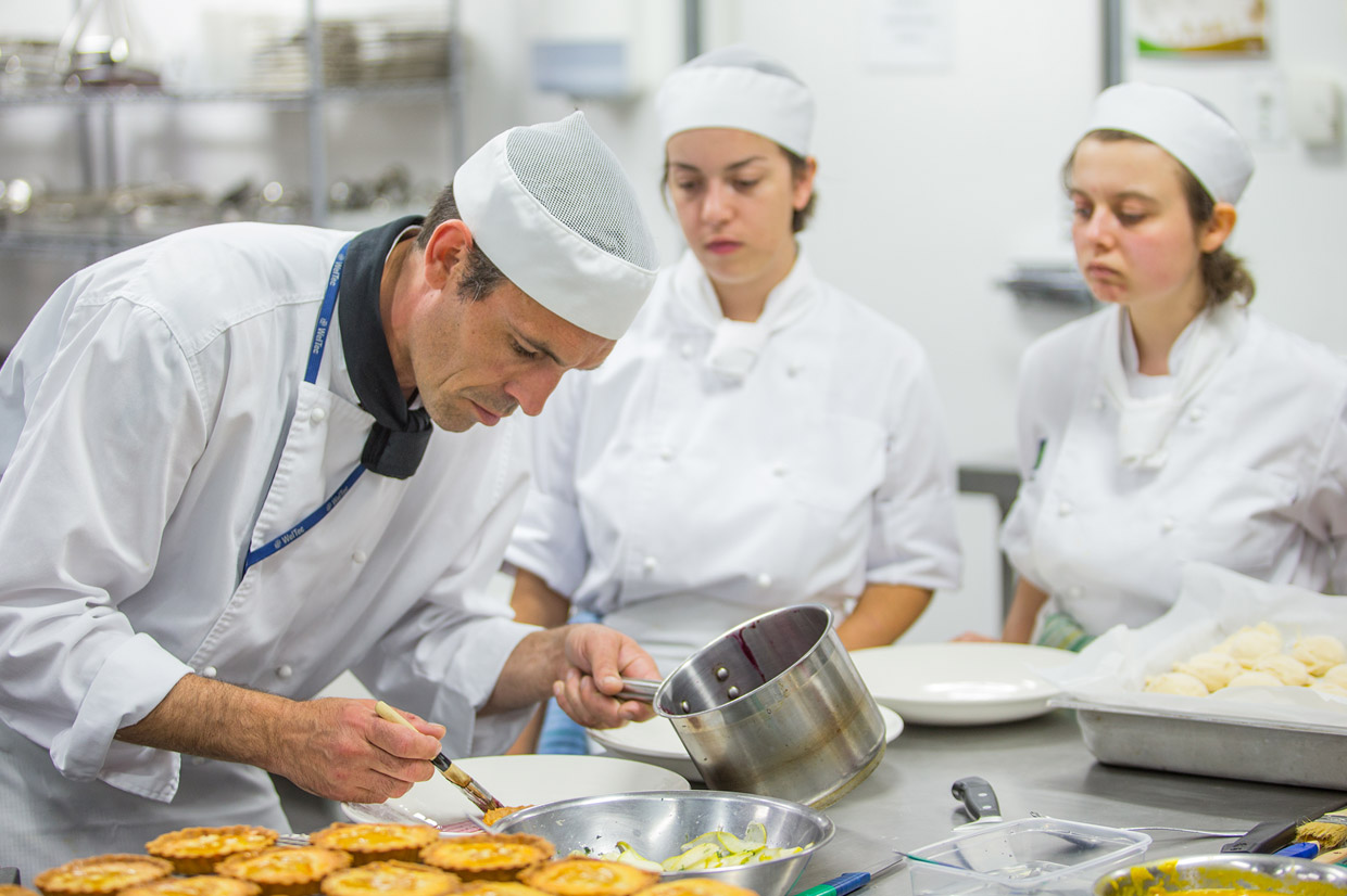 Tips For Commercial Kitchen Managers Free Business Magazine